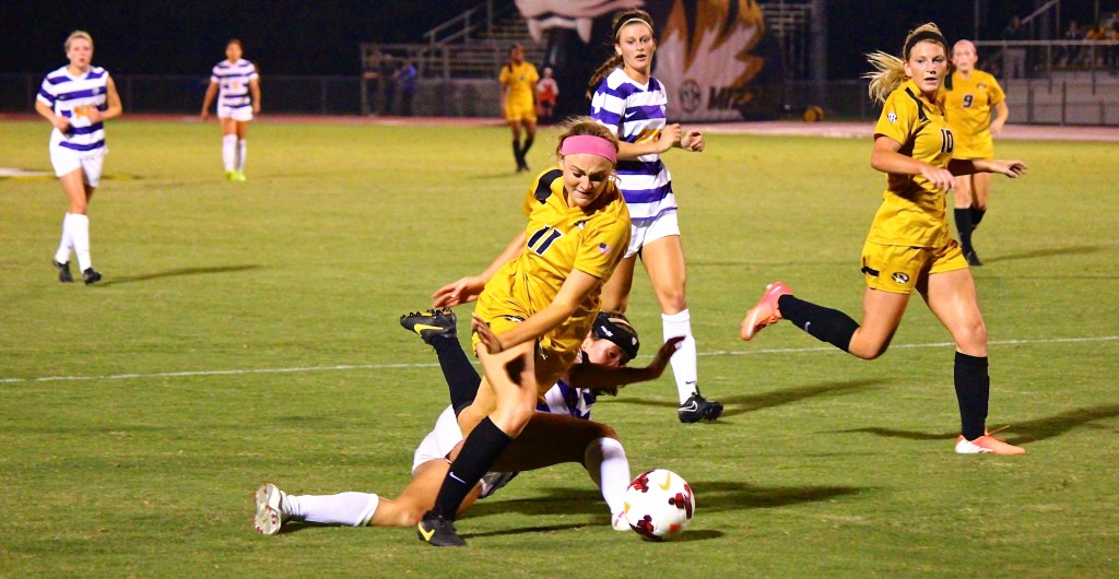Soccer bests LSU in SEC debut