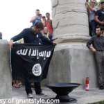 MU Students Burn ISIS Flag in Protest of Group's Violence